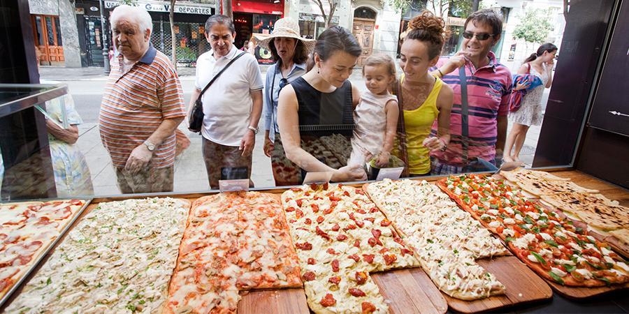 Locales de Pizza de Mayor Éxito. Decubre las franquicias que los llevan 5